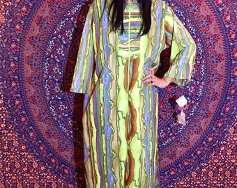 Vintage 60s Long Psychedelic Lisanne Exclusive Design Union Made Polyester Maxi Robe Kaftan with Pockets M // L