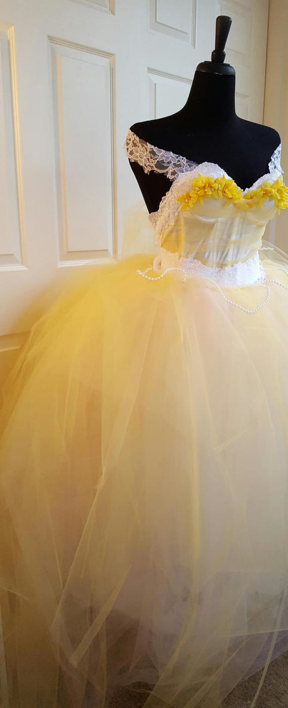 Straps Belle Tulle amp; Corset Ballgown Prom w Gown Yellow Lace Wedding Quinceanera Beast Beauty the White Costume Sample Bridal Style RPpBwxq