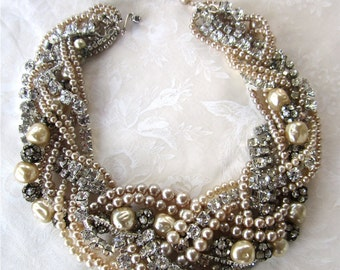 Chunky Pearl & Rhinestone Necklace, Made to Order, Bold Champagne Pearl Bridal Statement Necklace, Vintage Wedding Jewelry