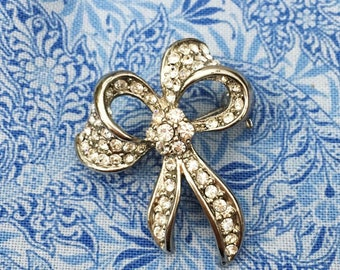 Gorgeous Diamante Bow Shaped Vintage Brooch - 1970s