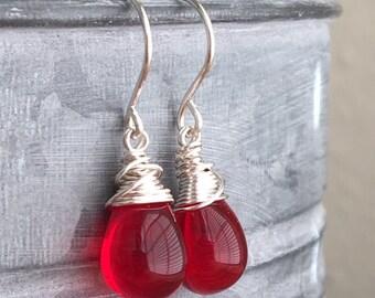 Red Czech Glass Earrings in Bright Silver. Red Teardrop Earrings. Silver Earrings. Wedding Jewelry. Bridal Earrings. Bridesmaid Earrings