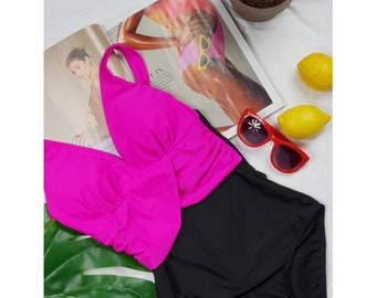 Neon vintage swimming costume swimsuit UK 10 12 euro 38 40 Flattering fitted shaping