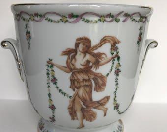 Vintage porcelain cache pot