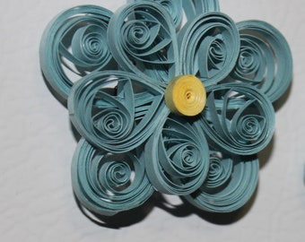 Quilled flowers on magnets