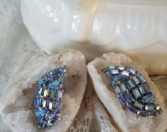 1950's Aurora Borealis Vintage Crystal Rhinestone Earrings.