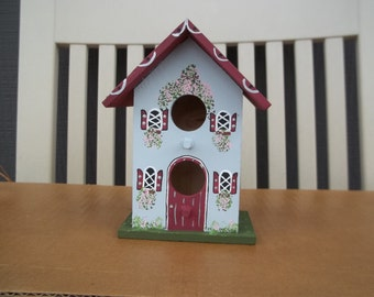 Small Grey Birdhouse #241