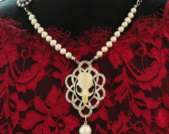 Pearl mouse skull necklace