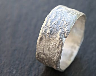 cool silver ring molten, silver wedding band man promise ring, meteorite ring moon surface, fused silver ring, medieval wedding band silver