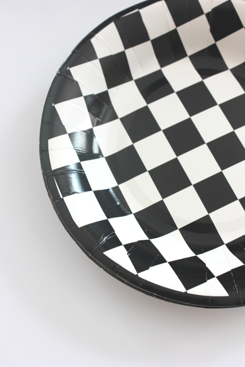 CA$16.42  sc 1 st  Etsy Studio & 16 BLACK And WHITE CHECKERED Paper Plates Cars Racecar Checkers ...