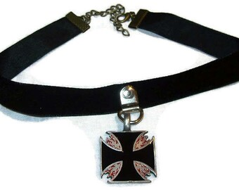 Velvet choker with Flame Iron Cross Detail