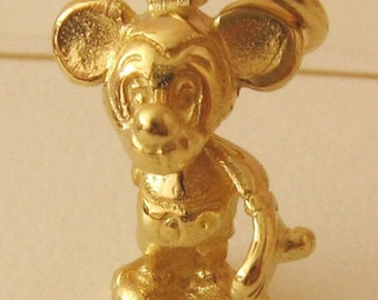 Genuine SOLID 9ct YELLOW GOLD 3D Mickey Mouse Animal Disney charm pendant