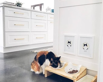 Elevated Raised Cat Food Stand with Two Ceramic Bowls (real wood)