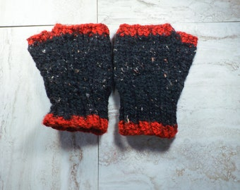Fingerless Gloves, Black and Red Winter Mittens, Womens Texting Mitts, Wrist Warmers