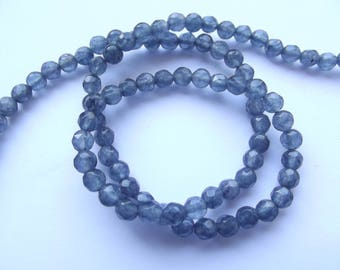 88 round faceted agate dyed gray 4 mm REIA 456