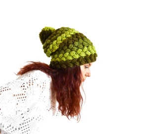 Green slouchy beanie winter hat, braided slouchy beanie, slouchy hat green braids, pom pom winter hat, pompom slouchy hat, slouchy hat toque