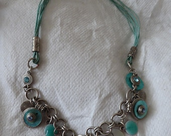 Beautiful turquoise vintage necklace