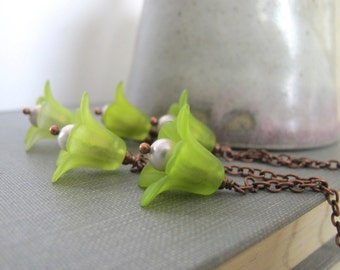Flower Necklace, Green Flowers, Copper Necklace, Grey Pearls, Lucite Flowers, Trumpet Flower, Green Blossoms