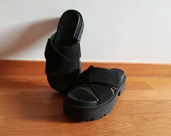 Chunky platform black slides