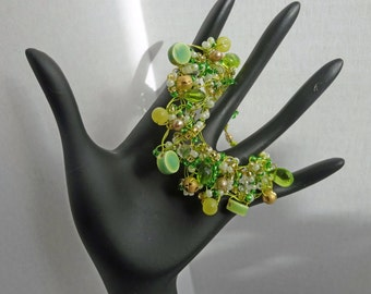 Green Beaded Hand Knitted Wire Bracelet