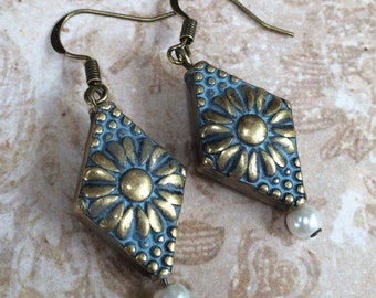 Diamond Shaped Floral Patina Earrings with Pearl