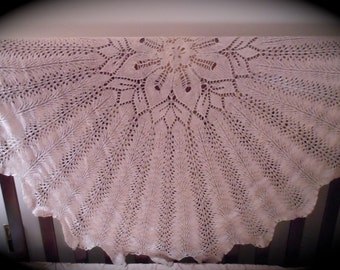 Elegant Silk/Wool Shawl in Taupe