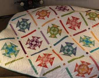 Summery Quilt, Handmade Quilt, BrrightColors Quilt, Couch Quilt, Throw. Wedding Shower Gift, Free shipping,