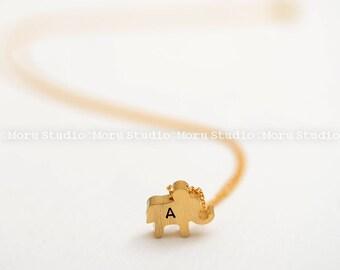 Personalized Dainty Elephant Necklace/ Initial Elephant Necklace/ Birthday Gift/ Bridesmaid Jewelry/ Wedding Jewelry/ NDE025