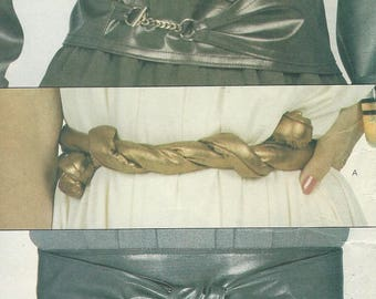 1970s Womens Belts Wrap Belts Obi Sash Style Belts Faux Leather Belts Vogue Sewing Pattern 8252 Size 8 10 12 14 16 18 Waist 24 to 32 UnCut