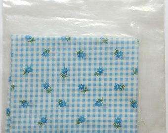 Dollhouse Miniature Fabric - Lazy Daisy by MiniGraphics #35F72 Blue NOS