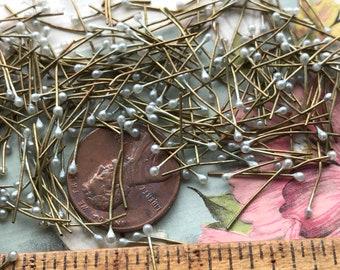 Vintage Miriam Haskell Headpins, Vintage Light green Headpins, Tiny Headpins, Wire headpins, made in Japan, Vintagerosefindings, #1707A