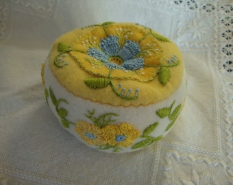 Pincushion in Spring Colors 2