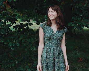The Sophie Dress in Green ditsy