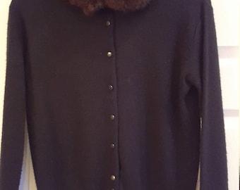 Ladies Cardigan Sweater (vintage)