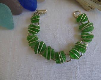 eleven piece campfire seaglass bracelet.  Measure 7 inches