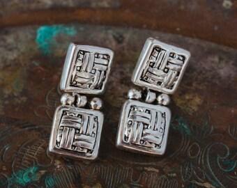 Vintage Oscar de la Renta Signed Silver Tone Dangle Earrings