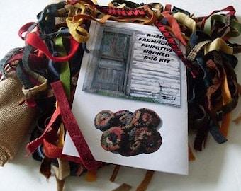 PrimiTive Folkart Hooked Rug Penny Ornament Kit   We Ship Internationally