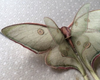 Flying - Handmade Luna Moth (Actias Luna) Butterflies Necklace in Cotton and Silk Organza