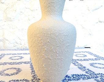 Vintage 60s classic shape beautiful vase white