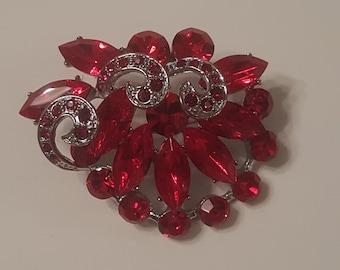Vintage Red Rhinestone Flower Shaped Brooch Pin | Red Crystal Brooch | Red Flower Pin | Wedding Bouquet Brooch