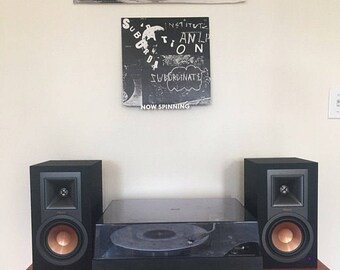 Now Spinning Vinyl Record Wall Mount Display Shelf - 3D Printed Wall Art Decor - Now Playing