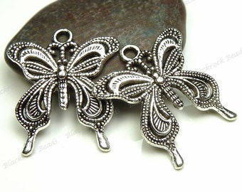 6 Butterfly Pendants 27x24mm Antique Silver Tone Metal - Charms, Jewelry Supplies - BM8