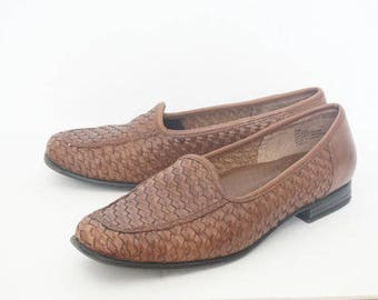 Vintage 90's St. Johns Bay Brown Weaved Flats- Womens Size 7 M