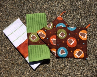 Hand Towel and Pot Holder Set - Coffees, Espressos and Lattes