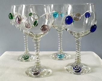 Beaded Wine Glass, Wire Wrapped Wine Glass, Colorful Wine Glass, Wine Charm,Beaded Stemware, Red Wine Glass, Handcrafted Wine Glass, Barware