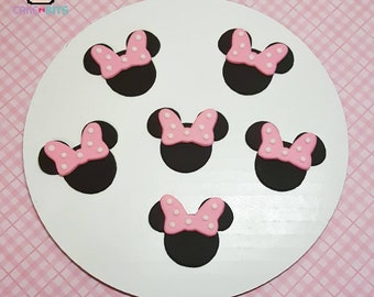 Inspired by Minnie Mouse fondant cupcake toppers