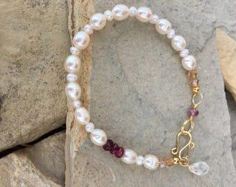 Oval pearls and tourmaline bracelet