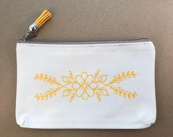 Cosmetic bag, yellow flower design