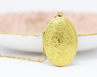 Gift For Her - Floral Locket Necklace - Gold Photo Locket - Oval Locket Necklace - Wedding Locket Gold - Photo Locket - Long Necklace