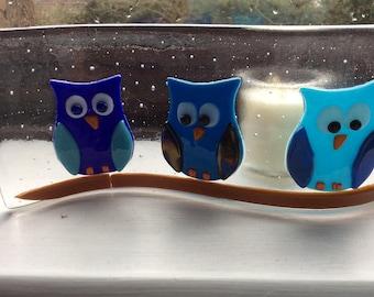 Fused glass blue owl wave, suncatcher