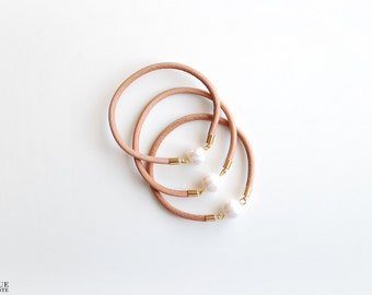 Leather bangle - Water Pearl stone bracelet